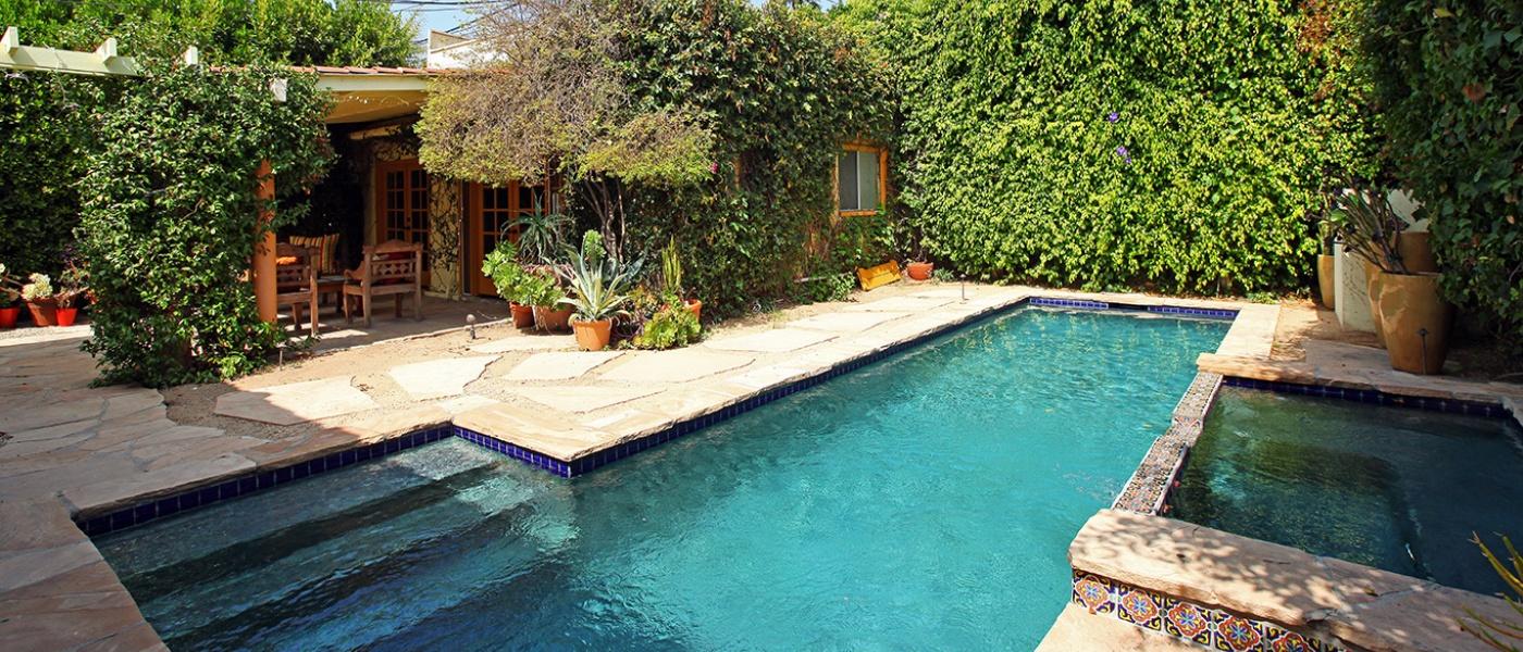 Yard / Pool 3
