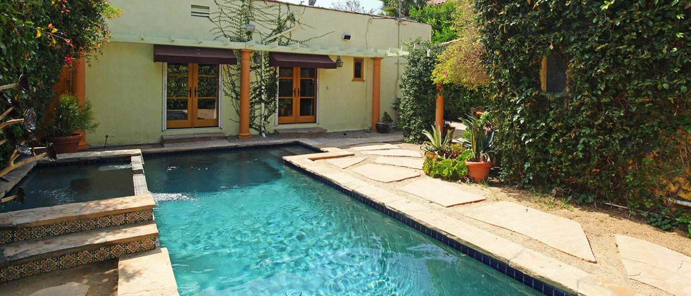 Yard / Pool 2