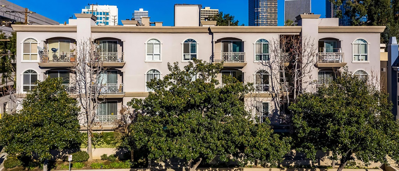 1820 beverly glen, 2 Bedrooms Bedrooms, ,2 BathroomsBathrooms,Condominium,Property Portfolio,beverly glen,1069